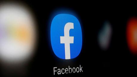 Messages racistes émanant de policiers sur Facebook : Christophe Castaner saisit la justice