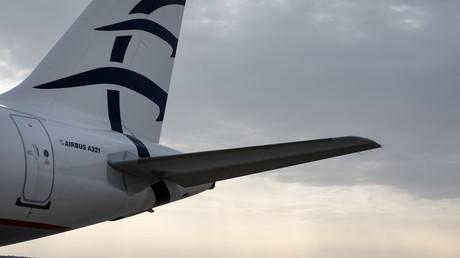 Grèce : des migrants prennent volontairement l'avion pour rentrer dans leur pays d'origine