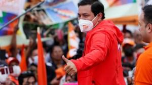 Equateur : favori des sondages, le candidat corréiste Andrés Arauz cible d'une pluie de fake news