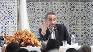 «Vous avez méprisé nos langues, nos cultures, nos religions», le slam anti-occident de Tariq Ramadan