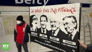 «Qui doit payer la crise ?» : Attac lance une action d'affichage contre le «gang des profiteurs»