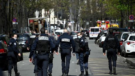 Paris : un mort et un blessé dans une fusillade devant un hôpital, l'auteur en fuite