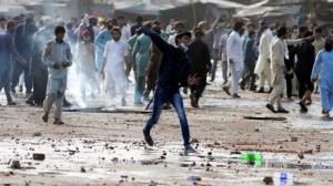 «Menaces sérieuses»: Paris demande à ses ressortissants de quitter le Pakistan, en proie aux émeutes