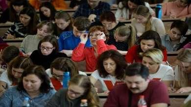 العالم الياباني الحائز على جائزة نوبل يسعى للعمل العلو جامعة نوفوسيبيرسك الروسية 1