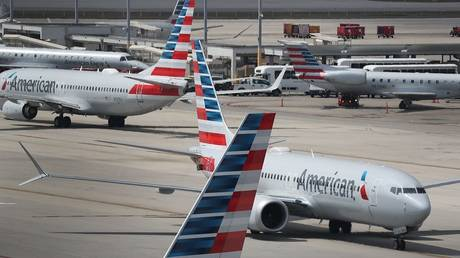 the united states suspends all flights to and from venezuela