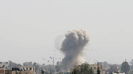 """""""The March"""": the Arab alliance carried out two air raids on Sanaa"""