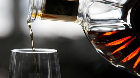"""Fire burns 250 thousand liters of """"Cognac"""" in France"""