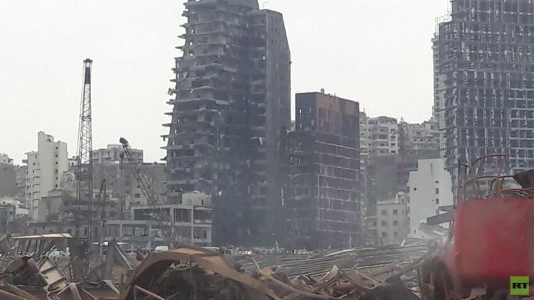 مواصلة عمليات رفع الأنقاض بمرفأ بيروت وعدد الضحايا يصل إلى 154 قتيلا