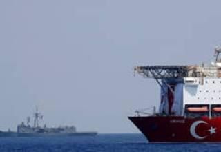"""اليونان تدعو تركيا إلى وقف """"الأعمال غير القانونية"""" في شرق المتوسط thumbnail"""