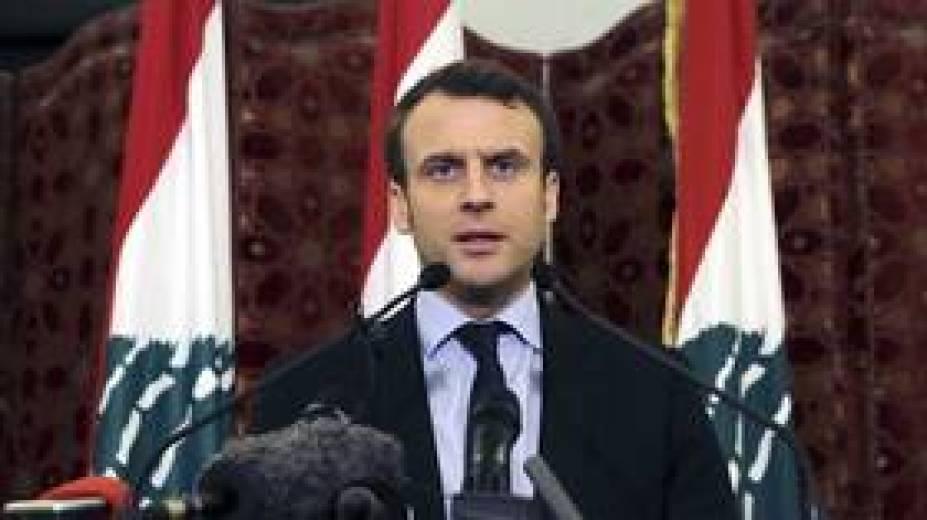 ماكرون يوجه انتقادا حادا لقادة لبنان ويمنحهم فرصة ثانية