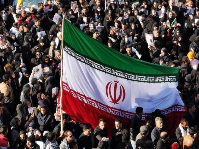 إيران تحذر الولايات المتحدة من ارتكاب أي مغامرات خطيرة في الأيام الأخيرة لترامب #RT_Arabic