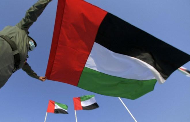 الإمارات تجري عدد أكثر من 160 ألف فحص كورونا وتسجل 3158 إصابة خلال 24 ساعة #RT_Arabic