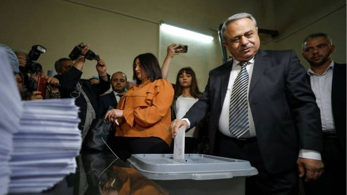 سوريا.. منافسا الأسد يدليان بصوتيهما في انتخابات الرئاسة (صور + فيديو)