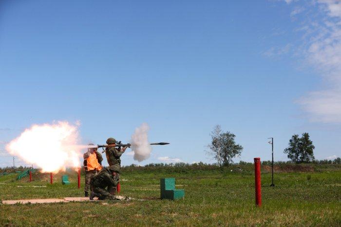 Стрельба из РПГ-7 Facebook © Минобороны России