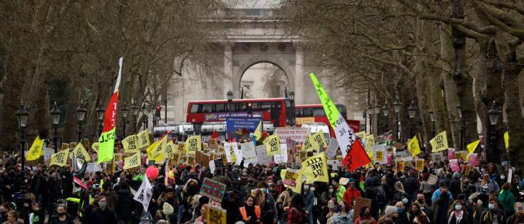 """UK votes for """"draconian"""" protest law, sparking criticism"""