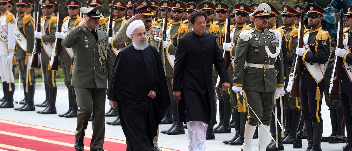 سعودیہ، ایران کشیدگی: وزیراعظم عمران خان مصالحت کیلئے تہران پہنچ گئے