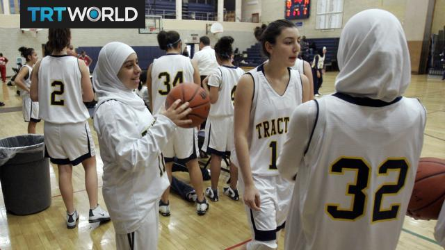 """""""Muslim women can actually participate now"""" after FIBA lifts hijab ban - TRT World"""