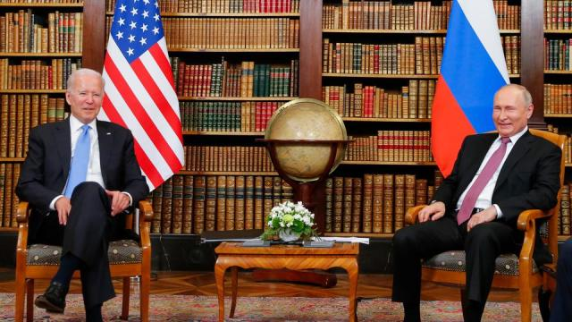 US President Joe Biden (L) meets with Russian President Valdimir Putin at the 'Villa la Grange' in Geneva on June 16, 2021