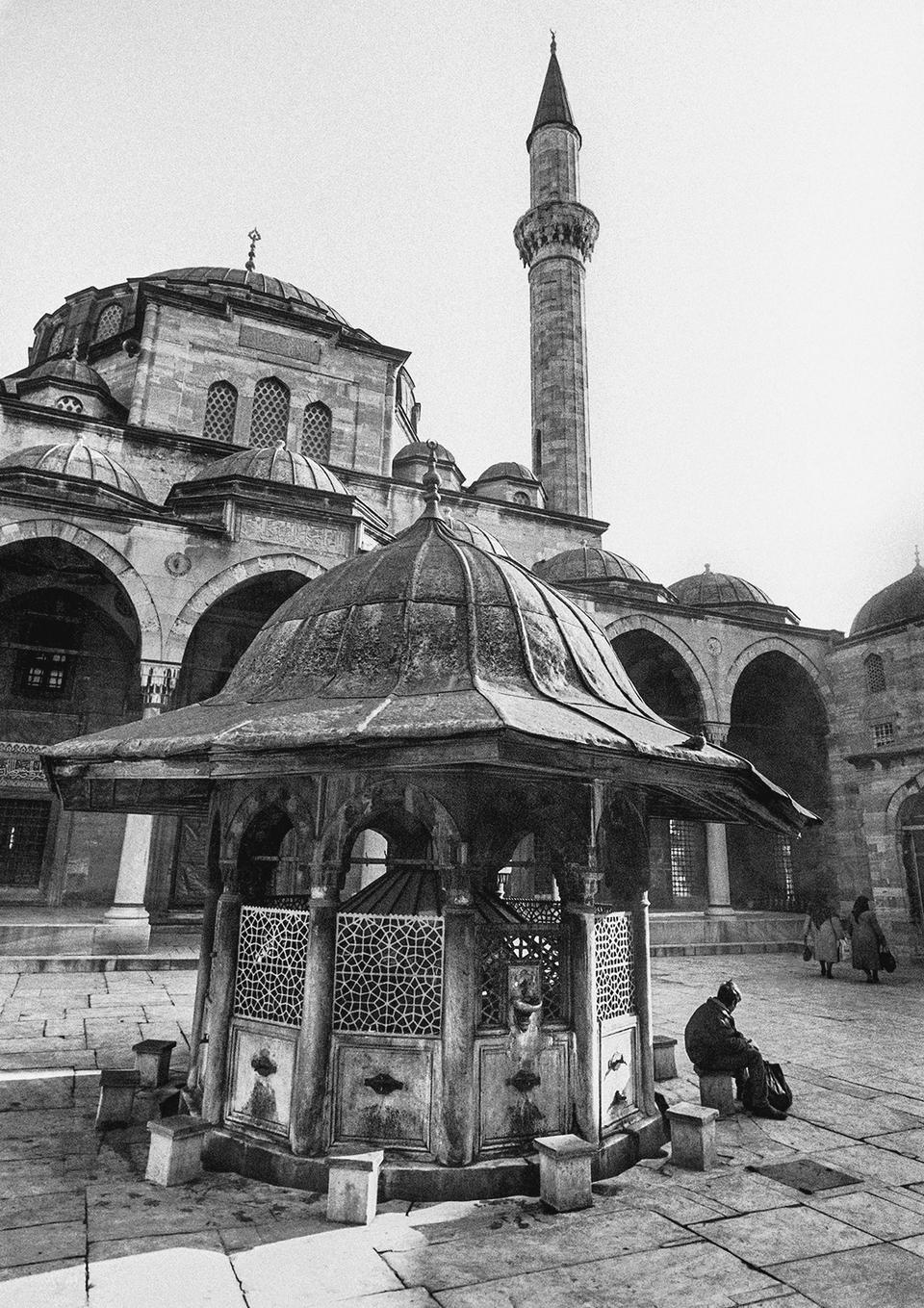 The courtyard and fountain of Sokullu Mehmet Pasha Mosque, Kadirga, 1988.