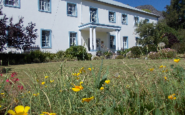 Franschhoek Travellers Lodge & Group Accommodation