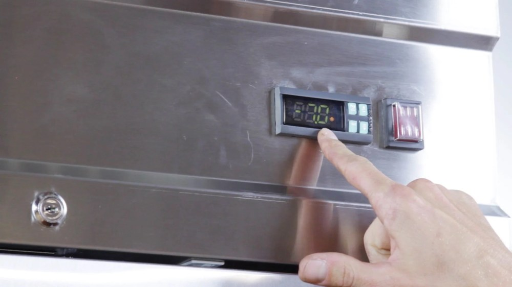 medium resolution of how to program a carel ir33 controller on an avantco freezer video webstaurantstore