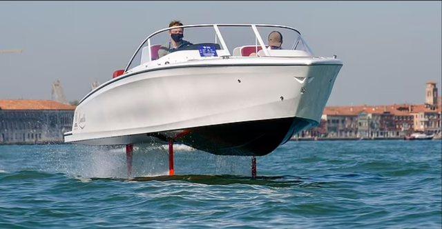 E ardhmja e lundrimit, njihuni me varkën elektrike