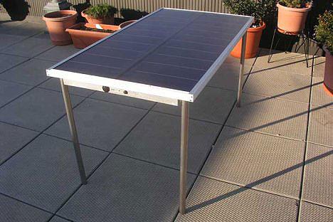 Sun Table powers your laptop