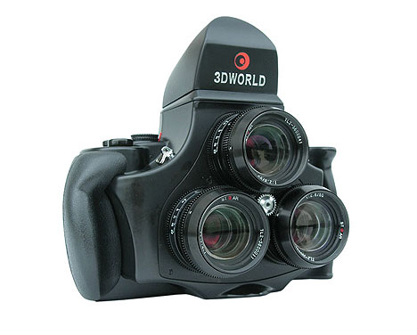3D World camera with 3 lenses
