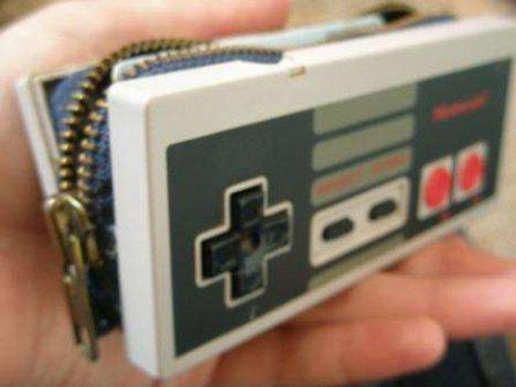 D.I.Y. NES controller wallet