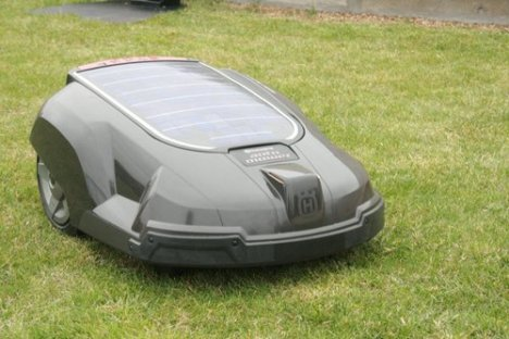 Solar-powered Lawnmower