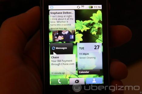 Motorola Cliq Review