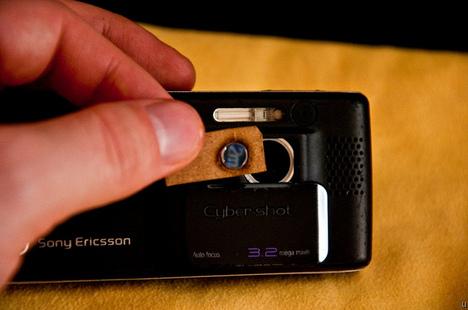 DIY cameraphone macro lens
