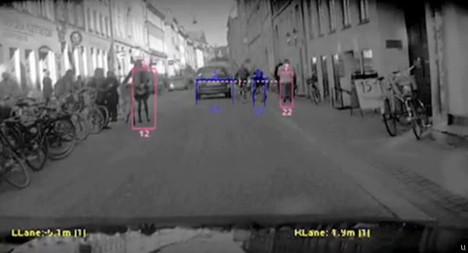 Volvo S60 has pedestrian tracking