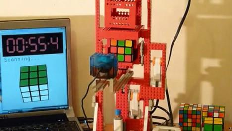 LEGO Mindstorm project solves Rubik's cube