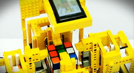 Android-powered Lego Robot Solves The Rubik's Cube