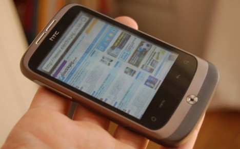 Pictures: HTC Wildfire Unboxed