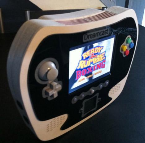 Techknott Dreamcast Portable Console Mod