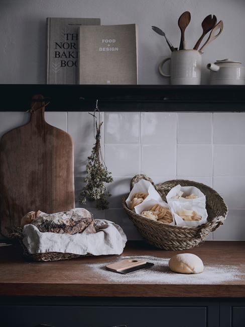 Le piastrelle in rilievo per la cucina stanno diventando le protagoniste delle nuove tendenze di rivestimento. 5 Idee Per Rinnovare Le Piastrelle Della Cucina Westwing