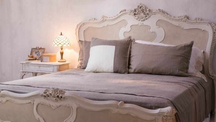 Arredamento camera da letto matrimoniale. Letti Provenzali Cenni Francesi Dalani E Ora Westwing