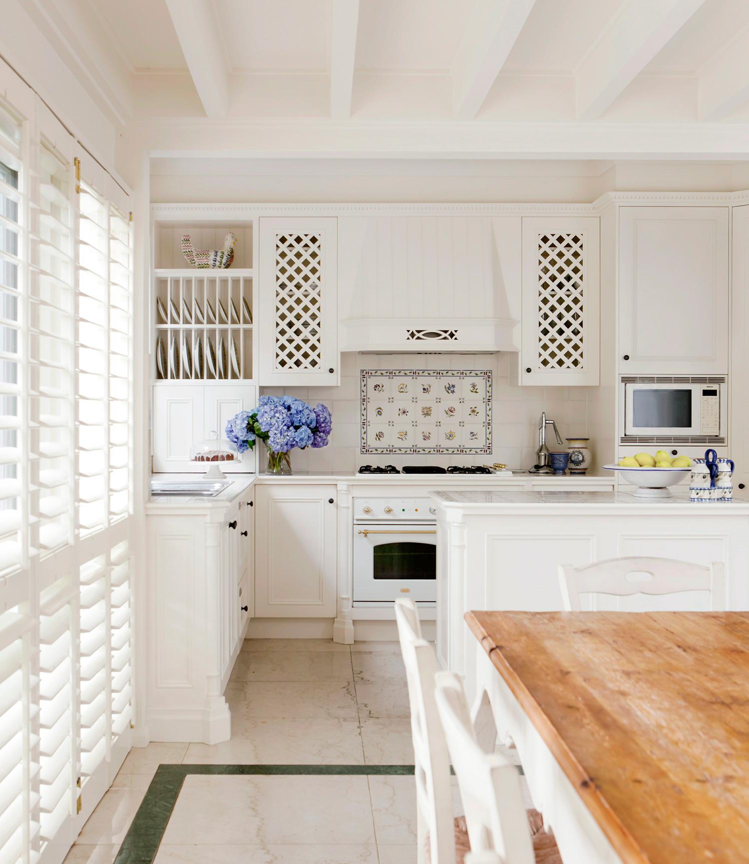 Interni Case Stile Inglese : Interno di una casa inglese vecchia casa colonica volte interno