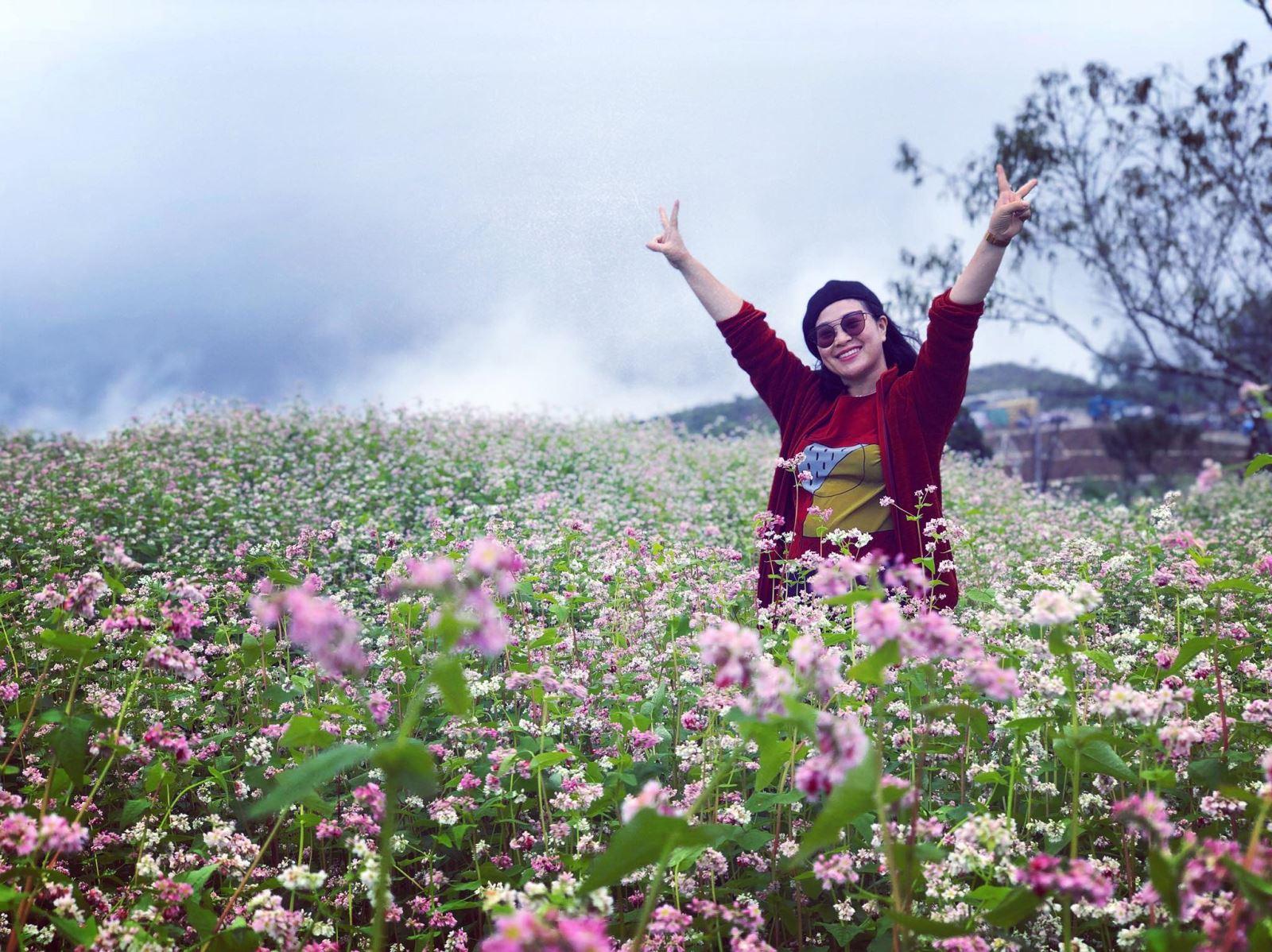 Khám phá đồi hoa tam giác mạch lớn nhất Sa Pa | baotintuc.vn