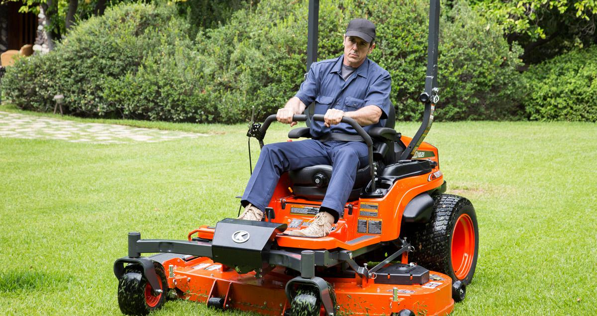 kubota commercial lawn mowers