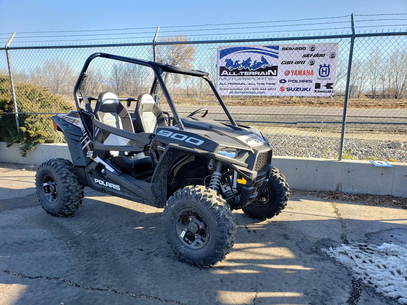 hight resolution of rzr s 900 black 2019