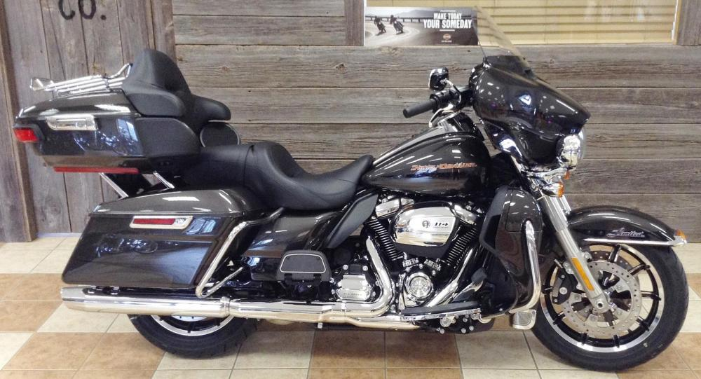 medium resolution of 2019 harley davidson flhtk electra glide ultra limited two tone for