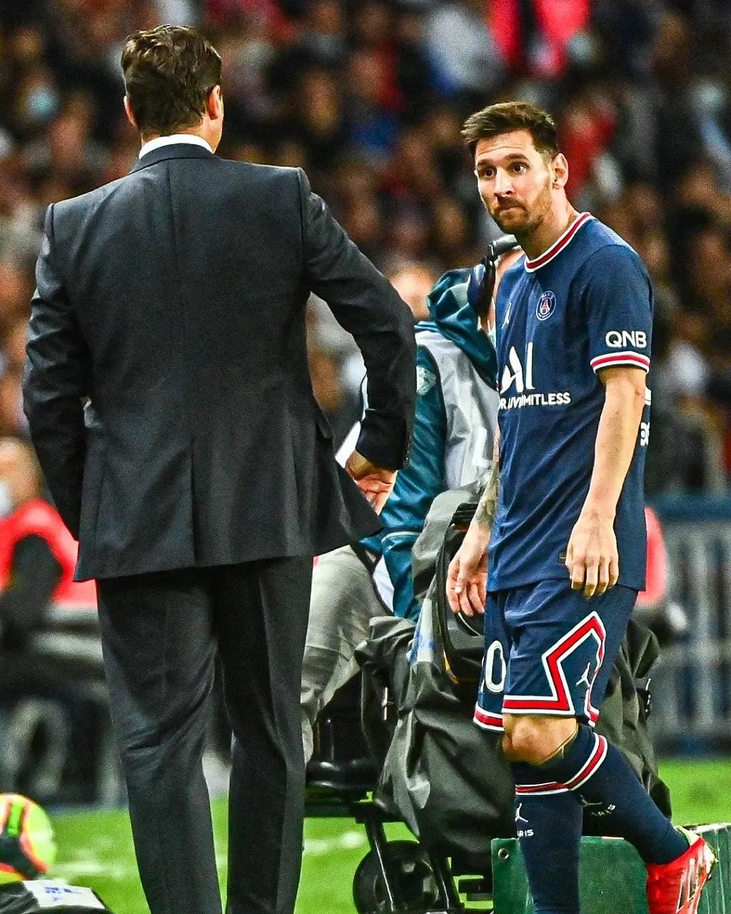 Biến lớn tại PSG: Messi thái độ cực căng với HLV Pochettino, khiến ông thầy  bẽ mặt trước vạn CĐV - Tin Mới Bóng đá