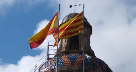 Banderas de España y Cataluña