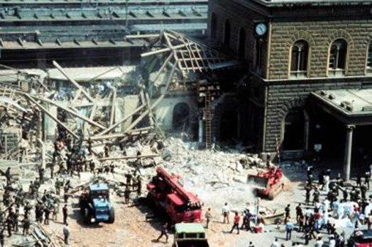 Consecuencias de la explosión en la estación de trenes de Bolonia (Italia), 2 de agosto de 1980