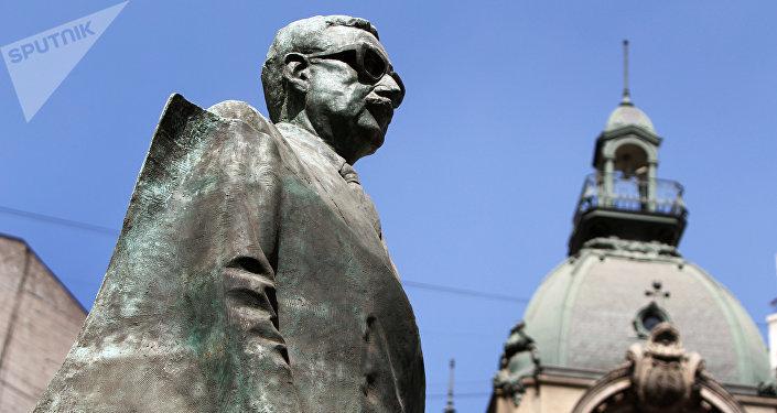 Monumento a Salvador Allende en Santiago