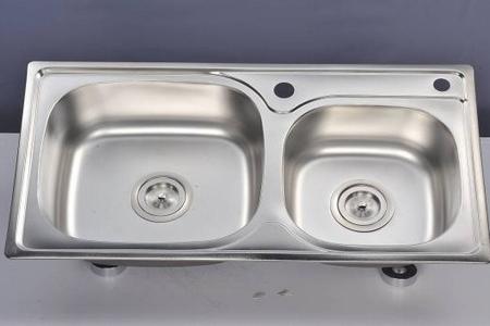 kitchen sink materials bamboo utensils 厨房水槽小尺寸 厨房水槽有什么材料 手机房天下知识
