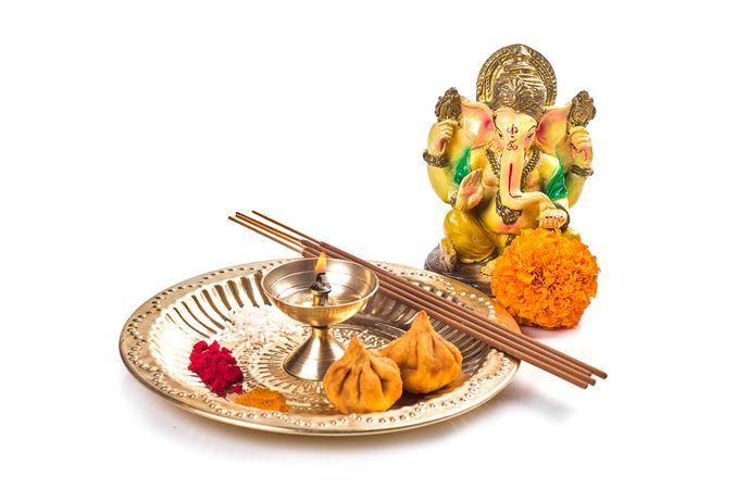 Premium Hindu God Ganesha Statue Of Lord Ganesha Pooja Worship Arrangement Photo Download In Png Jpg Format
